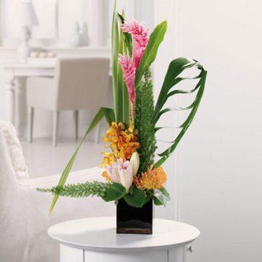 send mothers day flowers, closest flower shop, simple flower arrangement